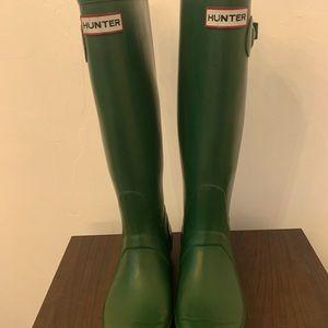 Hunter Original Tall Rain Boots Size 6